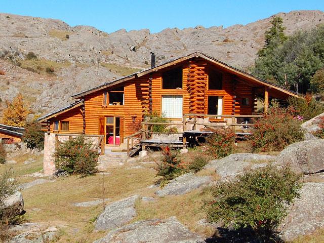 aguas-claras-chalets-de-montana-_1_154_5 Aguas Claras Cabañas en la Cumbrecita - Cabañas.com