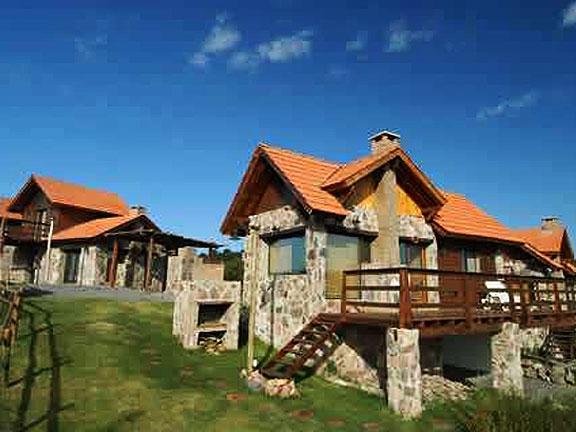 cabanas-las-majas-_1_231_0 Cabañas Las Majas (Cabañas en las Grutas, patagonia) - Cabañas.com