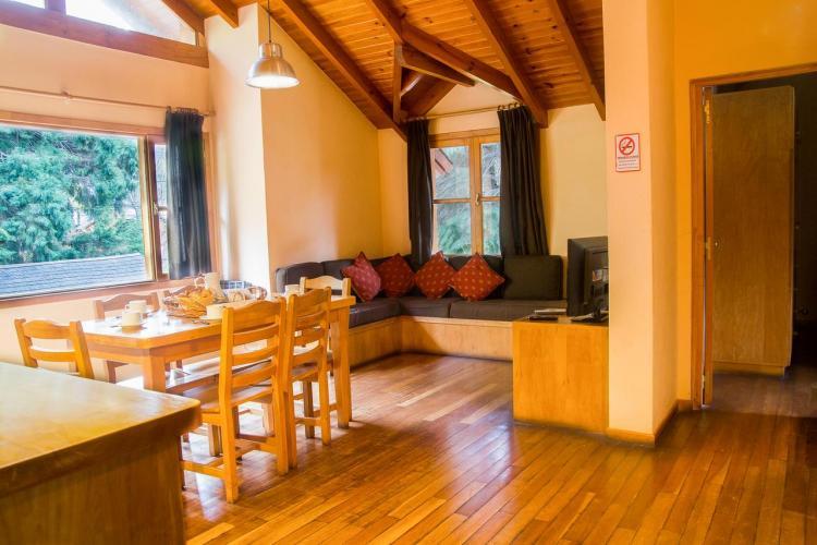 108509596 El Viejo Nogal San Martín de los Andes