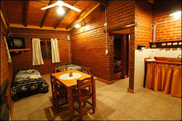 interior2 Complejo de Cabañas Tierra Nuestra Mina Clavero