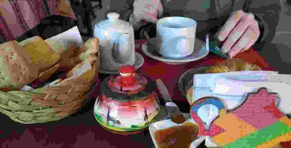 desayuno Hostal Amancay Cafayate Salta Argentina