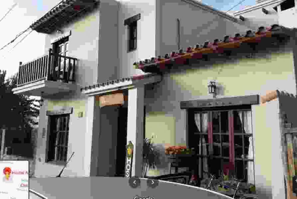 fachada Hostal Amancay Cafayate Salta Argentina