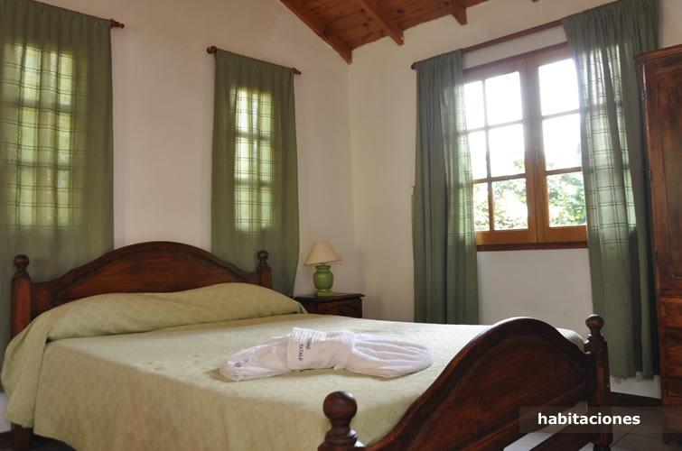 habitacionesyatale102 Yatale Cabañas en Chascomús