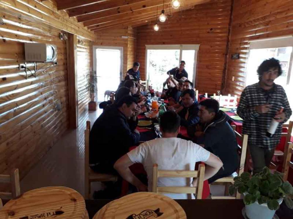 55445018_2217097028384479_2884042458767818752_n Cabañas Aladino Esquel - Cabañas en Chubut