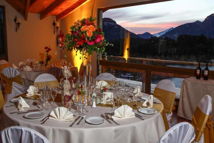 15349916 Hotel Amancay Bariloche