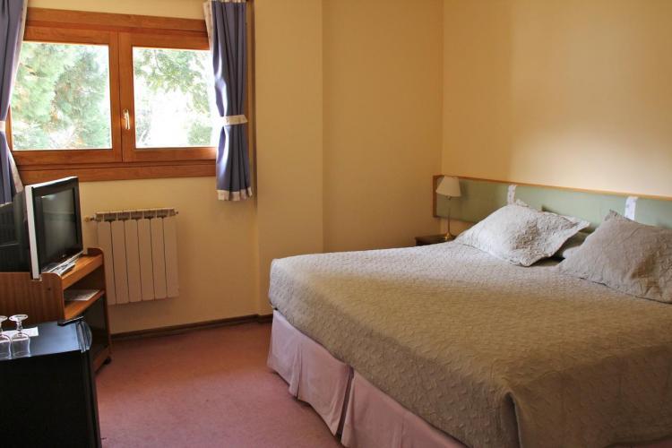 15568875 Hotel Amancay Bariloche