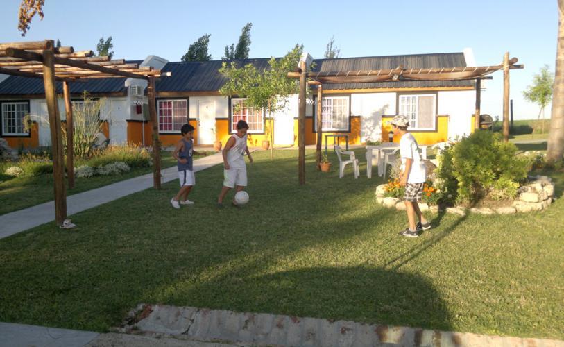 02122012472 Lomas Del Prado Cabañas en Victoria - Cabañas.com