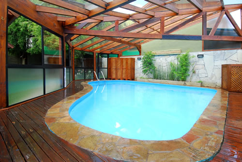 piscina Arique Cabañas San Martín de los andes
