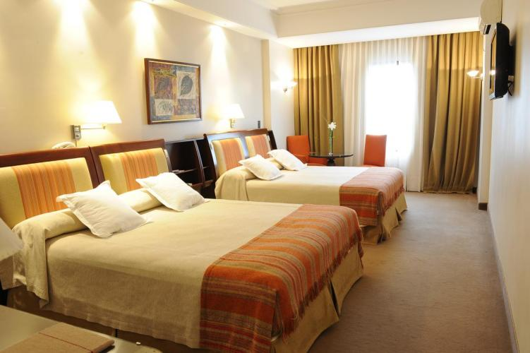 12004016 Hotel Almería Salta Hotel de excelente calidad y calificaciones por los huéspedes