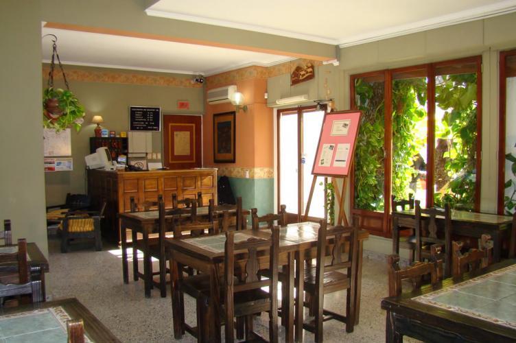 02 Petit Hotel Salta Alojamiento en Salta