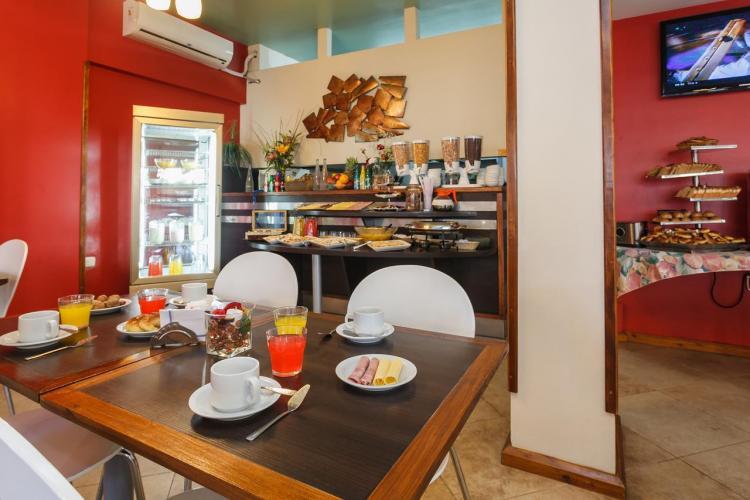 145960537 Medamar Club Villa Gesell - Cabañas.com