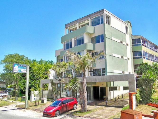 16103586 Medamar Club Villa Gesell - Cabañas.com