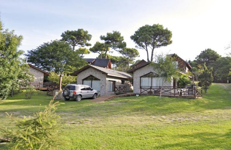 3 Cabañas Los Ciruelos (Villa Gesell) - Cabañas.com
