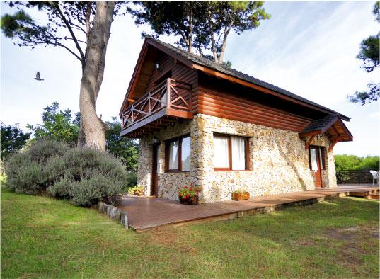 7 Cabañas Los Ciruelos (Villa Gesell) - Cabañas.com