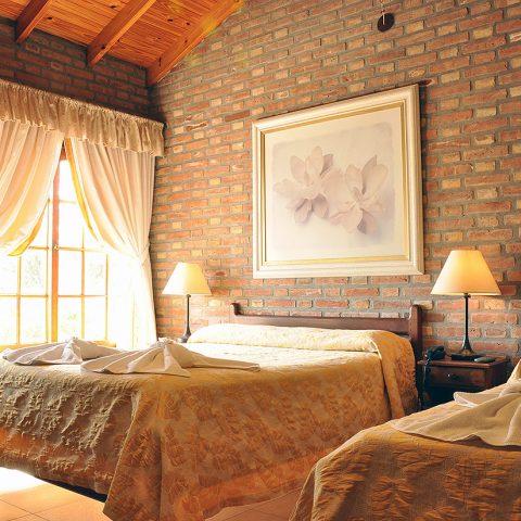 galhabs03480x480 Hotel Colina del Valle (Mina Claver, Córdoba) - Cabañas.com