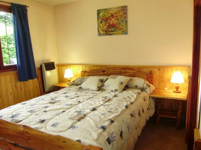 DormitorioMatrimonial2 Villa San Ignacio Cabañas en Bariloche