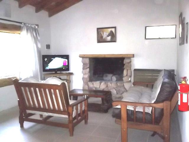 cabana-fabiana_1_637_1 Cabaña Fabiana en Villa Pehuenia - Cabañas.com