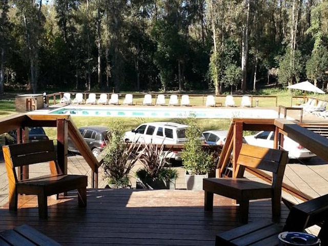 Costa Timbo Cabañas y Lodge