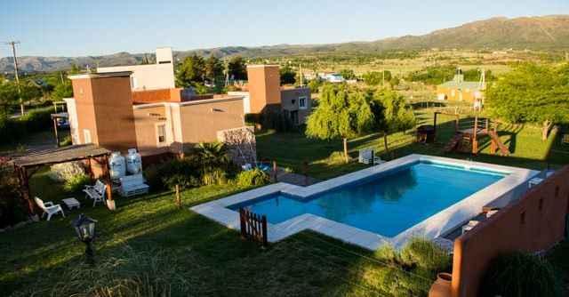16711936_1842405826002163_4175878875147256884_n Solares de la Villa, Villa Giardino