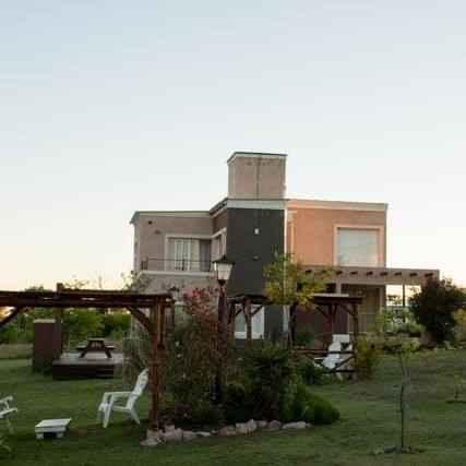 16729448_1842429229333156_3815845505416277880_n Solares de la Villa, Villa Giardino