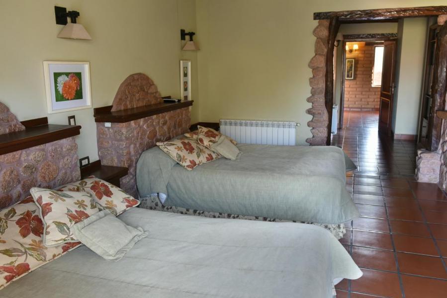 Dormitorio 2 camas matrimonioales