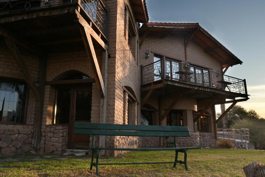 146054344 La casa de la bodega Cafayate