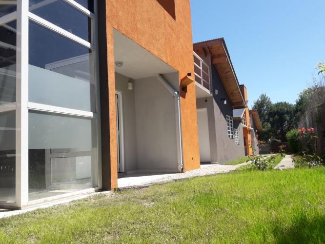 8exterior Brisas De Gesell Alojamiento en Villa Gesell - Cabañas.com