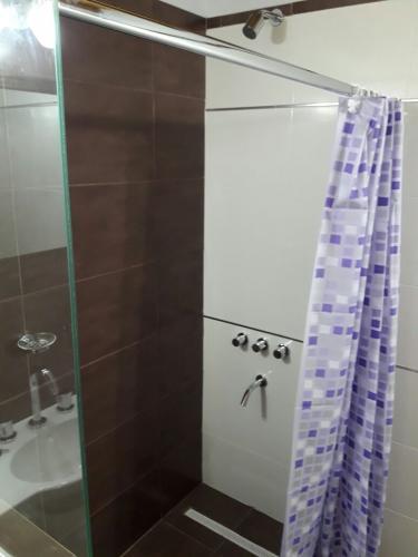 b2 Brisas De Gesell Alojamiento en Villa Gesell - Cabañas.com