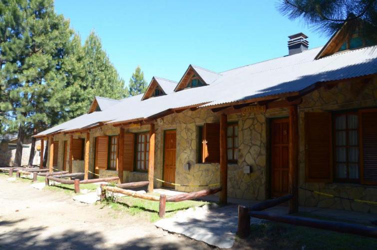 6pax09 Don Cirilo Cabañas y Camping En Villa Pehuenia - Cabañas.com