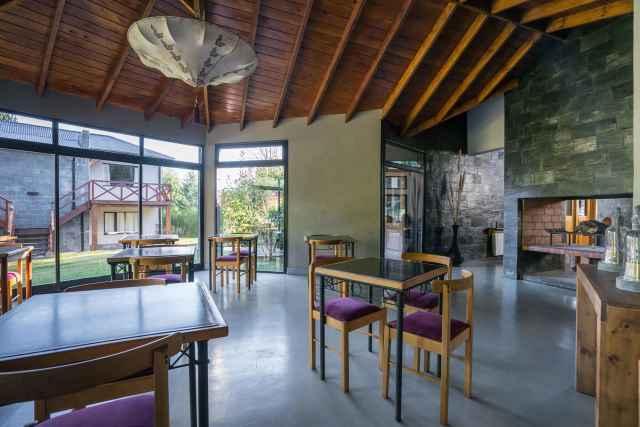147255431 Hostería Arcanos Casa de Montaña Puerto Manzano