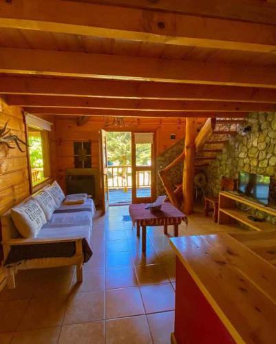 130268445_175278600979141_39580526413508390_o Natur Haus Villa Traful Cabañas