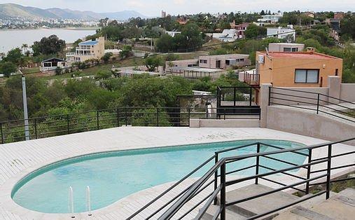 e13358_f98f7a9e33214609aef2c3230476f3c2_mv2 Villa Beba en Carlos Paz